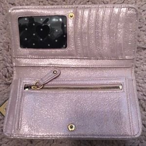 Juicy Couture Bags - Nwt juicy couture wallet pink shimmer